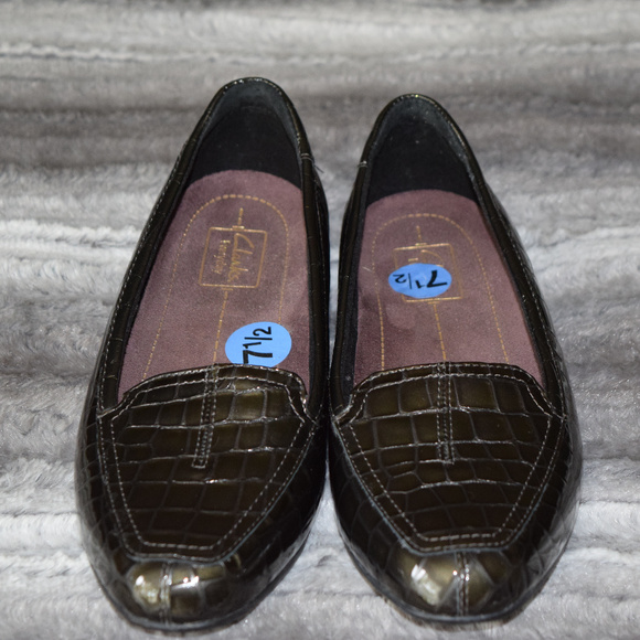 Clarks Shoes - Clark's Everyday loafter NWOT